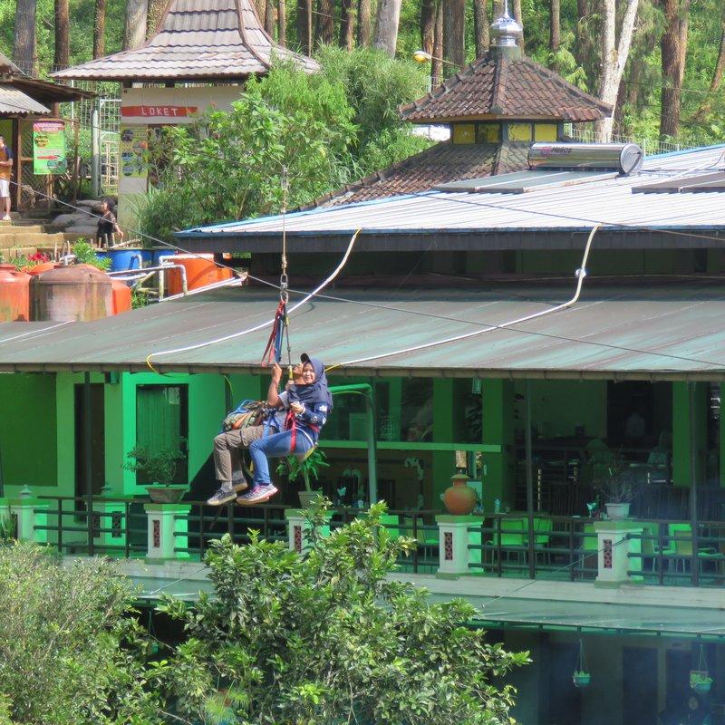 Double ziplining