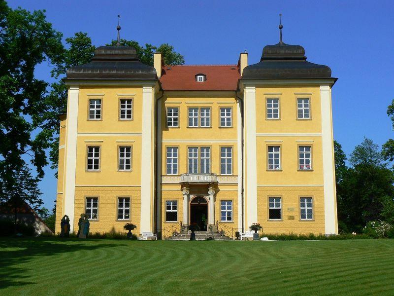 Lomnica palace - Wojewodztwo Dolnoslaskie