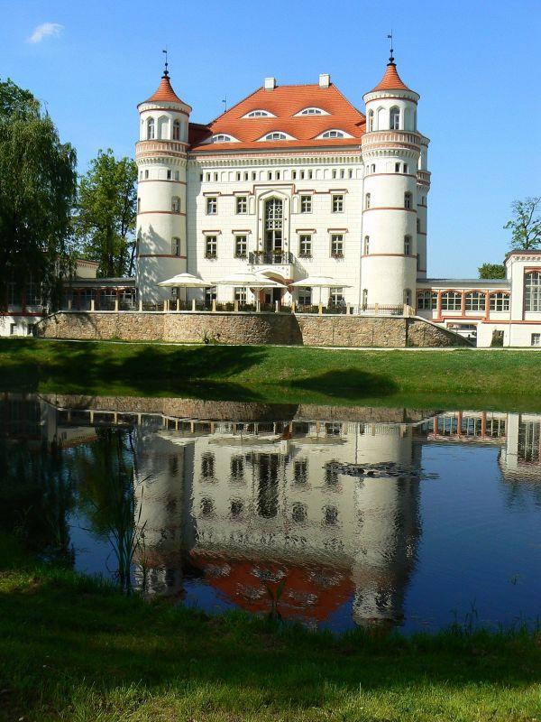Wojanow Palace - Wojewodztwo Dolnoslaskie
