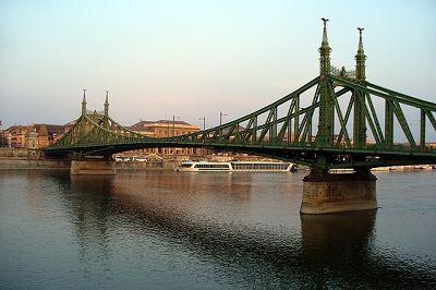 Liberty Bridge, Budapest, Hungary 2006 - Budapest
