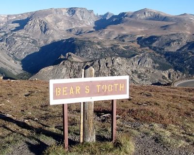 Sign, Beartooth Highway, Wyoming, US 2015 - Silver Gate