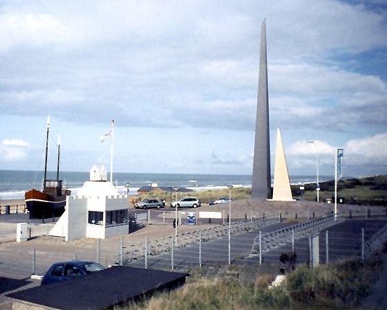 Twee Zuilen, Scheveningen, Netherlands 2004 - Scheveningen