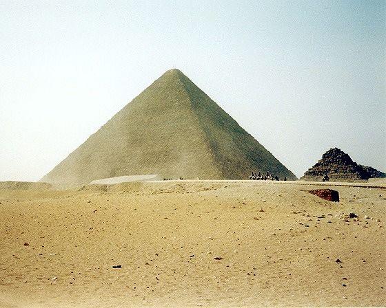 Pyramid of Khufu, Giza, Egypt 2001 - Pyramids of Giza