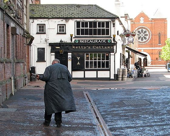 guitar man, Belfast, UK 2007 - Belfast