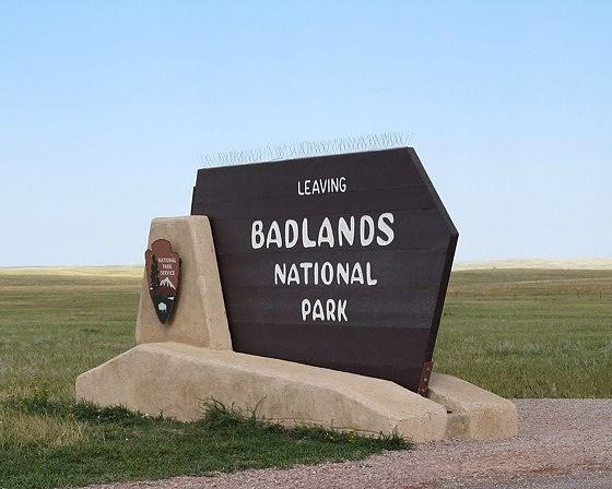 exit, Badlands National Park, SD, US 2015 - Badlands National Park