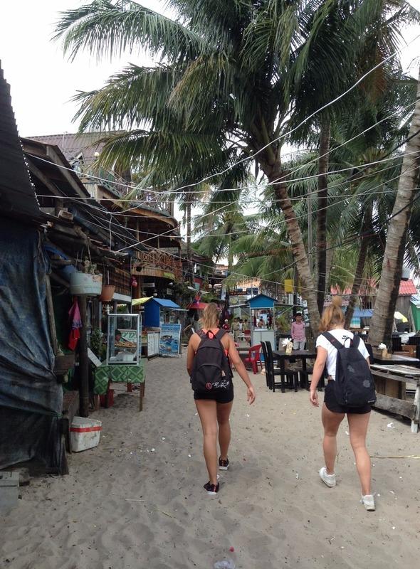 Gross backpacker street