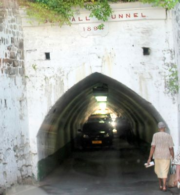 cars in the tunnel - Saint George's