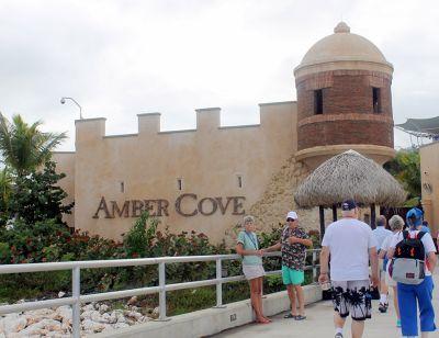 7733328-Entrance_on_the_dock_side_Amber_Cove.jpg