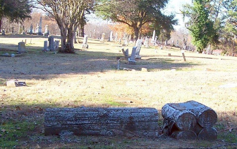 Overlooking the cemetery - Shreveport