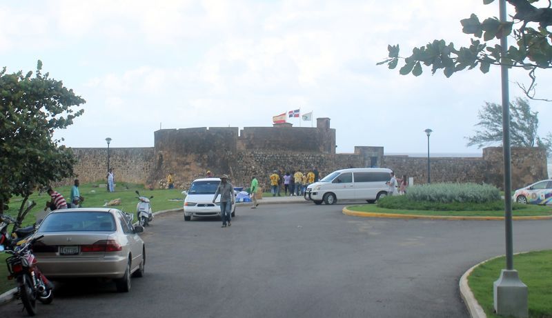 Approaching the fort - Puerto Plata