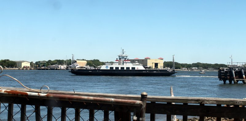 Mayport ferry from the restaurant window