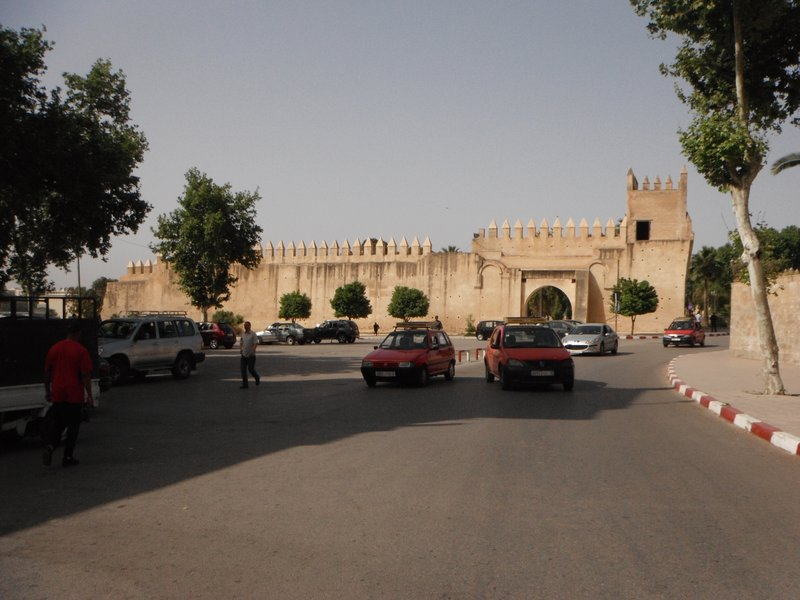 Fes el Jdid taxi rank outside the Mellah, at Bab al Amer.