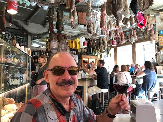 Steven in restaurant Partuchierri