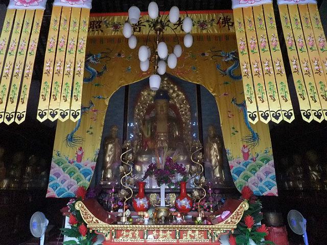 The Peaceful Ride To Chuzhous Wentong Pagoda