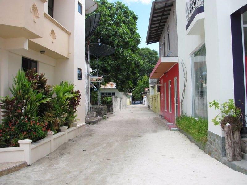 rasdhoo-street-1