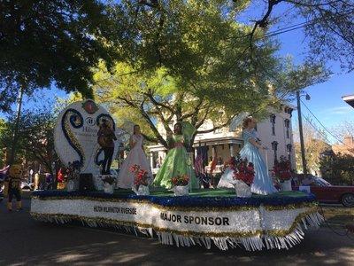 8-parade-05.jpg