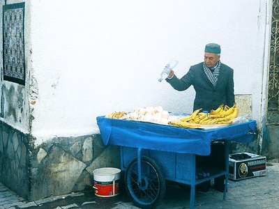 Banana hawker in Tunis Medina, Tunis