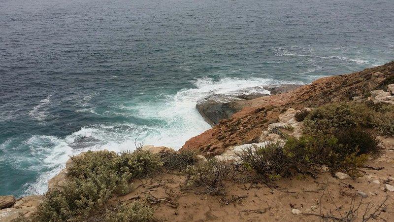 large_19_Kalbarr..al_cliffs_4.jpg