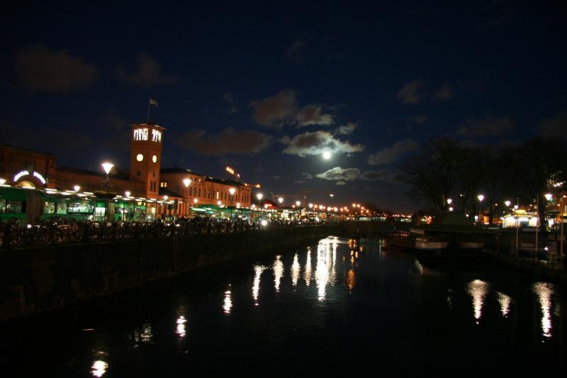 Malmo at night