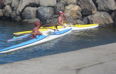 041617122757 two outrigger kayakers