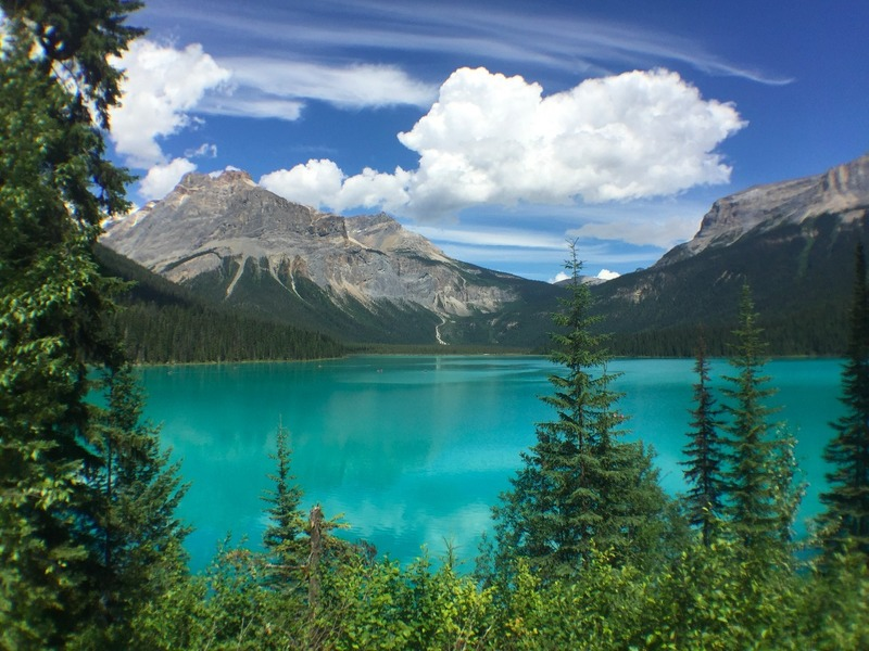 Amazing Emerald Lake