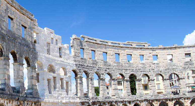 Pula Amfiteater