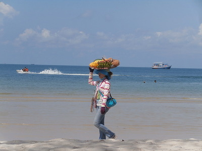 Fruit seller Sihanoukville beach