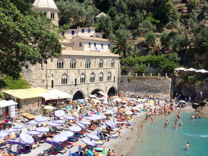Sun bathing San Fruitiosso