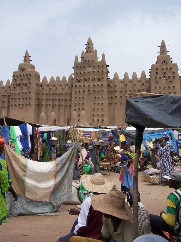 Mosque and market at Djenne