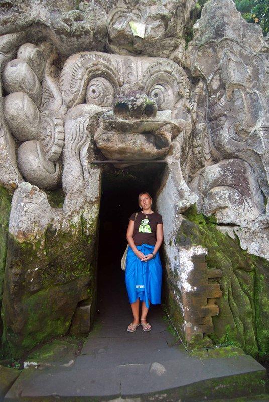 Temple sarong