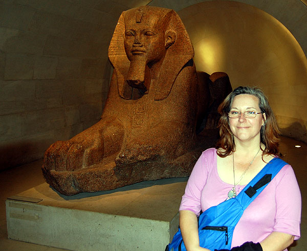 Louvre, Cindy and The Sphinx
