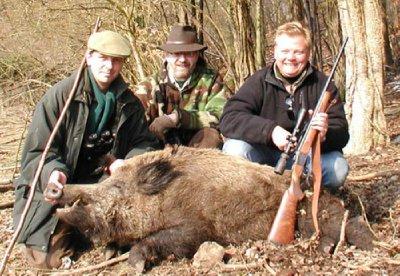 Wild_boar_catch.jpg