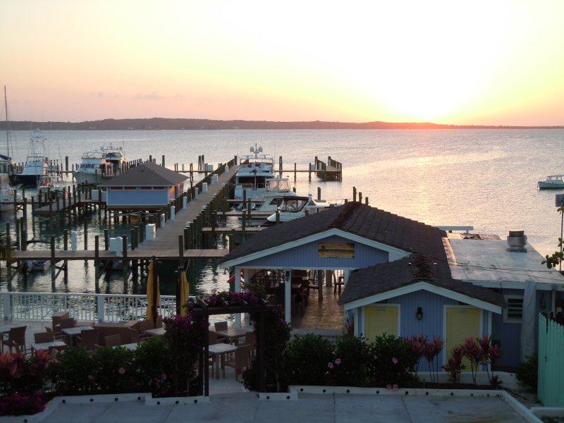 large_Sunset_ove..ora_Bay.jpg