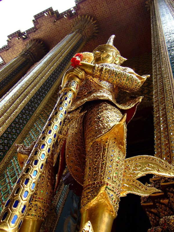 Golden guard near the Emerald Buddha