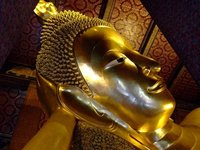 World's largest reclining Buddha (46m long, 15m high) in Wat Pho