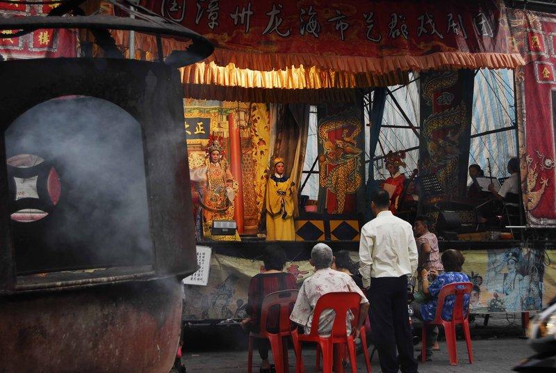large_Kuan_Yin_Teng_Temple1.jpg
