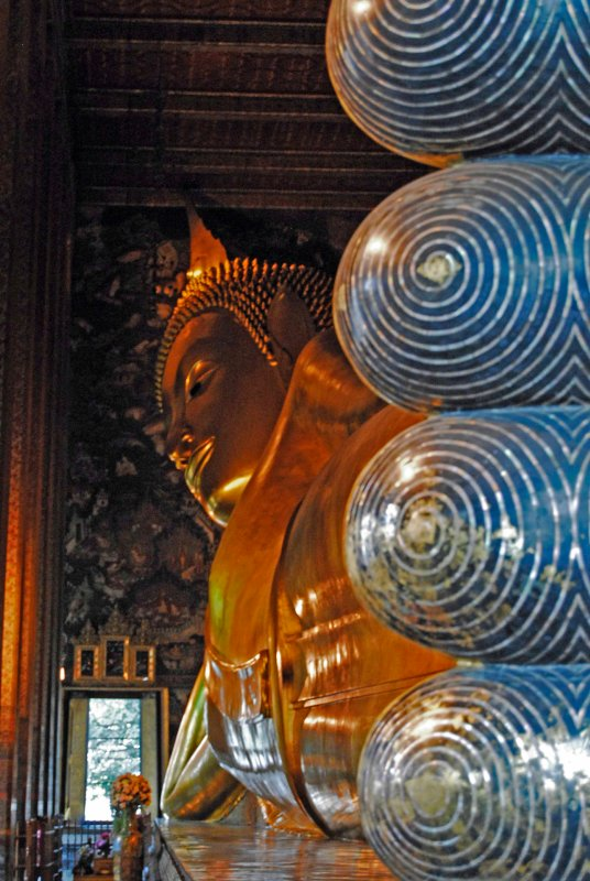 large_Reclining_Buddha2.jpg