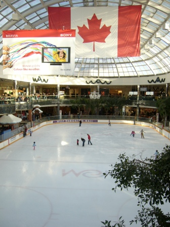 Icerink in West Edmonton Mall