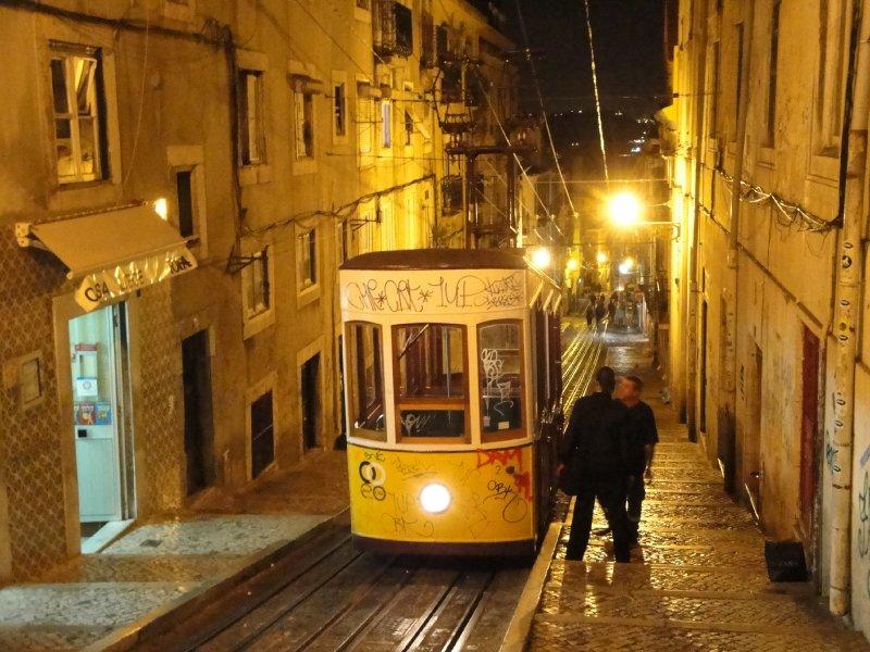 Funicular tram