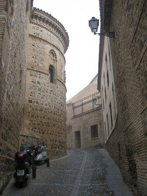 Toledo Twists
