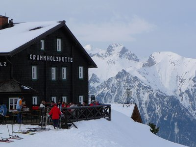 Skier's nest