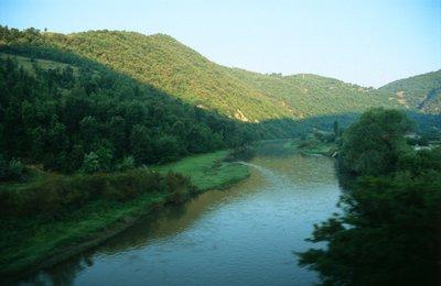 06_river.jpg