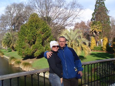 mo and me christchurch - avon river