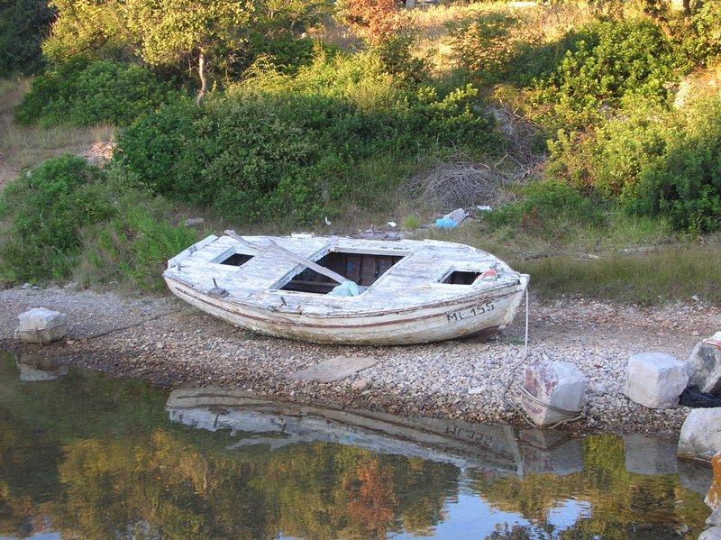 Čamac na Olibu