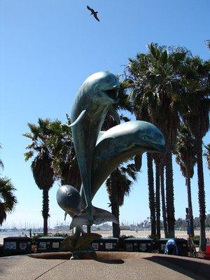 Day_177_-_.._Statue.jpg