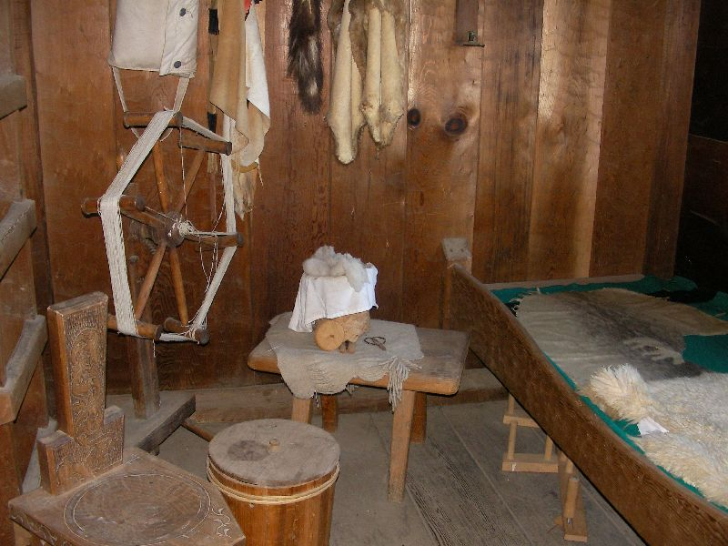 Day 197 - Fort Ross, Living Qtrs