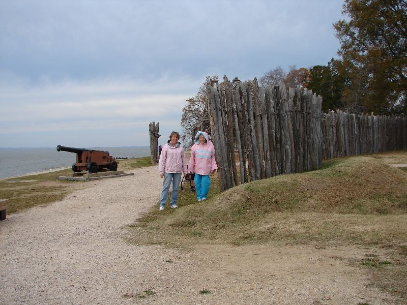 Day 89 - Jamestown, Mom & I at Fort