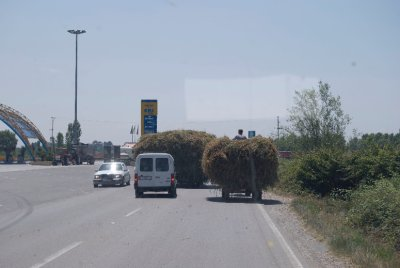 Albania_Traffic.jpg