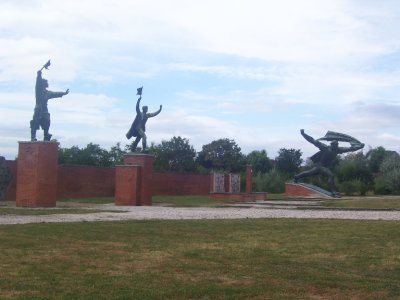 Communist statues, Momento Park