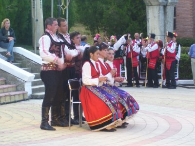 Folkdance__Bulgaria.jpg